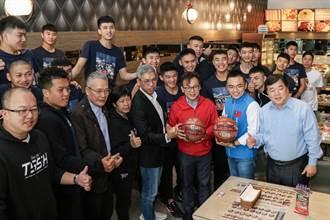 新北、新竹立委對賭HBL 他請泰山高中男籃吃牛排