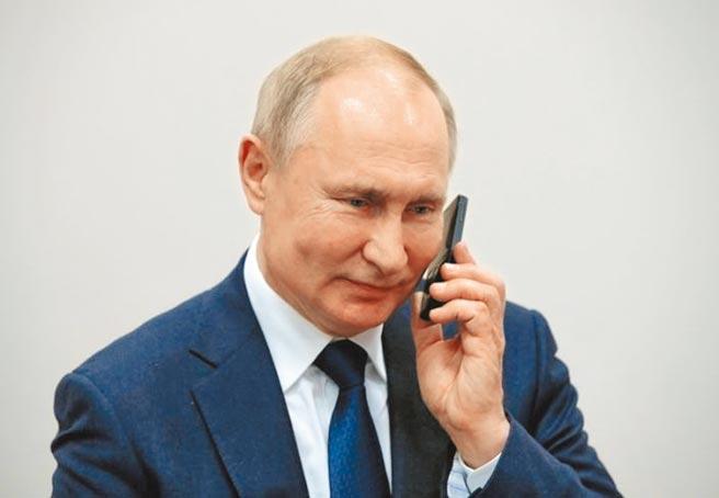 俄罗斯总统普丁获马斯克邀约上Clubhouse会谈,克里姆林宫表示很感兴趣。(美联社)