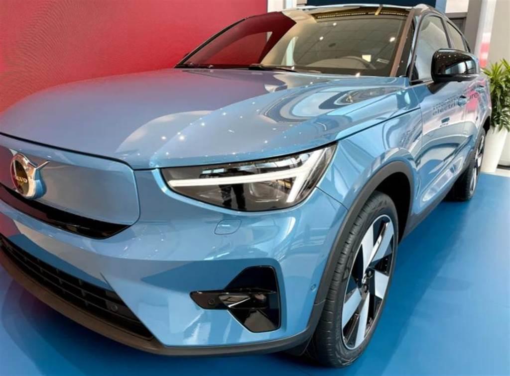 時尚的北歐電動轎跑:Volvo C40 Recharge 近距離搶先看仔細!