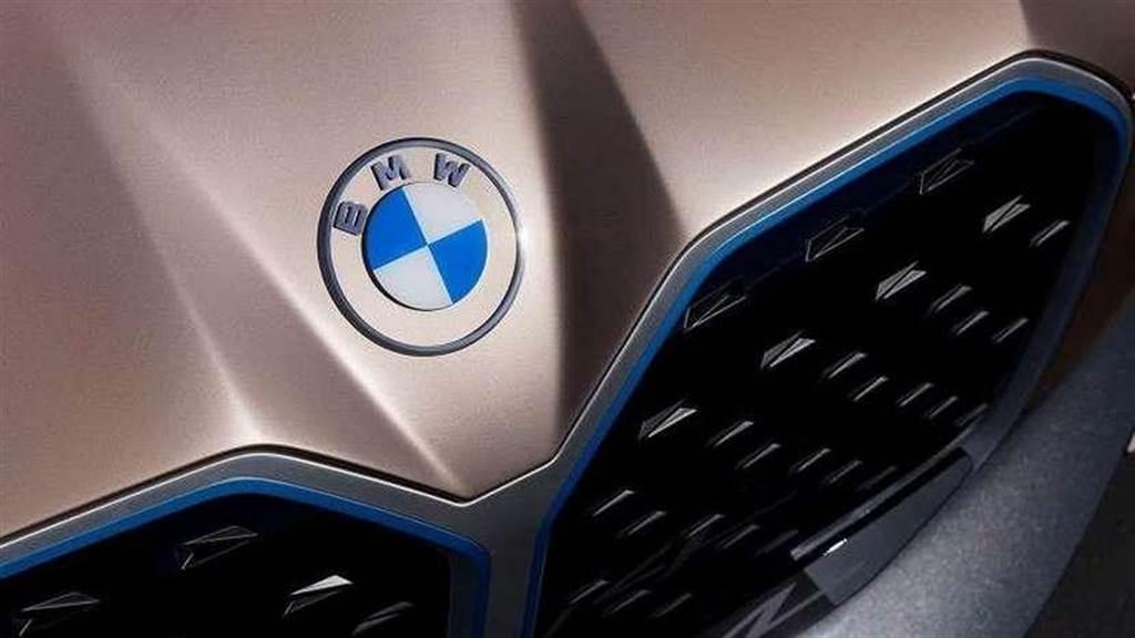 馬力破 500 匹的大鼻孔電動轎跑:BMW i4 量產車型 3 月 17 日現真身