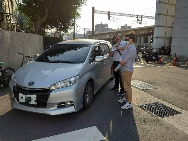 新竹區監理所日前取締白牌車,查獲1台並開罰10萬元。(新竹區監理所提供/莊旻靜新竹傳真)
