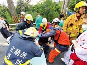 事故地附近 11年前曾奪走26冤魂!踩嘸煞車 遊覽車撞蘇花山壁 6死39傷