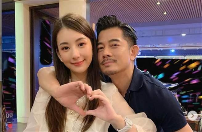 天王郭富城和嫩妻方媛,婚後育有兩個女兒。(圖/ 摘自方媛IG)