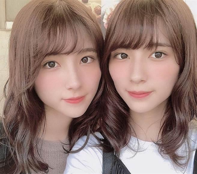 廣告美女雙胞胎鈴木美娜(Mina Suzuki)和瑪麗亞(Maria Suzuki)。(圖/ 摘自鈴木みな・まりあIG)