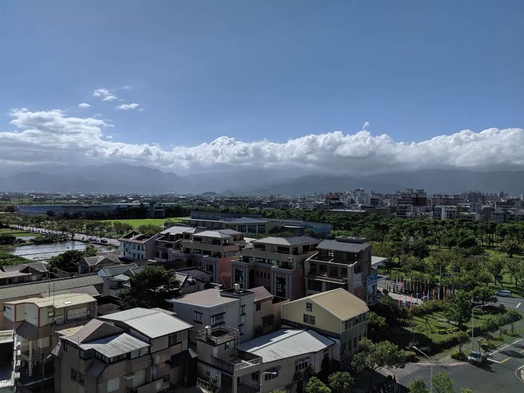 北台灣迷你天厝推案傾巢而出,大多數建案位於新竹縣、桃園市與宜蘭縣。(葉思含攝)