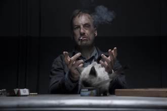 鮑勃奧登科克受成龍啟發 挑戰動作片《無名弒》不用替身