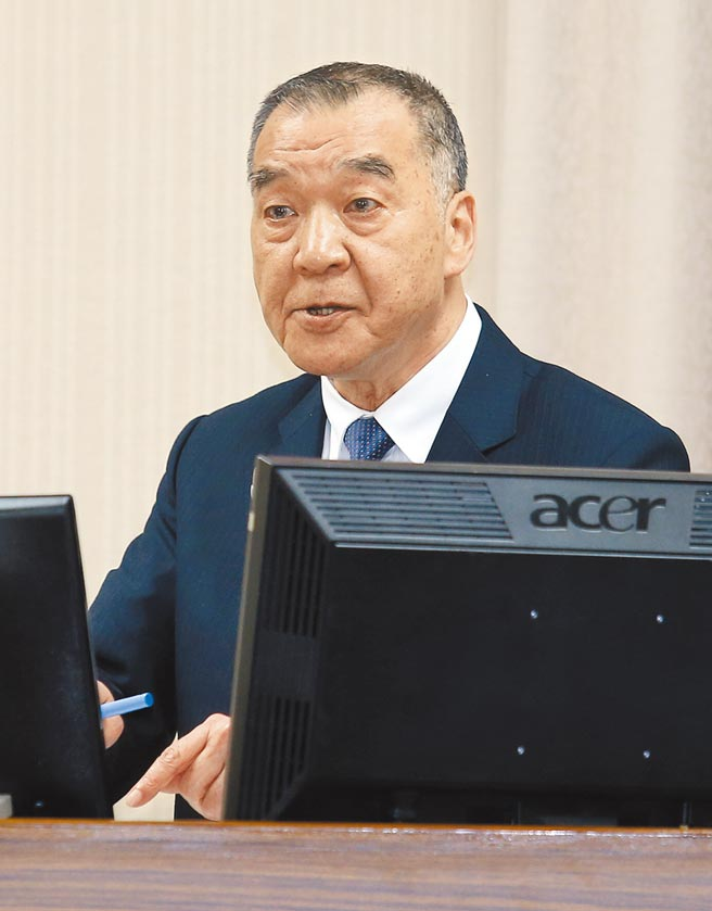 國防部長邱國正17日在立法院答詢。(姚志平攝)