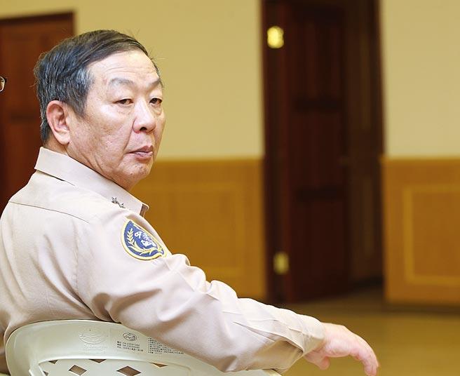 擔任潛艦小組召集人的參謀總長黃曙光上將,將於6月底屆齡。(本報資料照片)