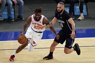 NBA》布洛克神奇抄截建功 尼克送魔術9連敗
