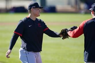 MLB》張育成春訓太火燙 印隊總裁暗示進入開季名單