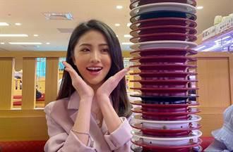超正「林鮭魚」現身壽司郎吃爆 甜美笑容讓網友瘋了:全台最美