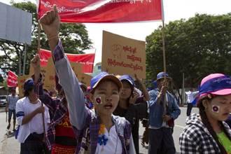 緬甸成衣商工人希望國際譴責政變