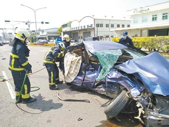 開車遭撞 水上鄉8旬夫妻遇死劫