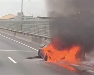 【西濱車禍】 混凝土車撞轎車燒成火球 一家人2死1重傷