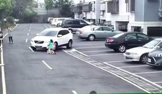 休旅車轉彎撞飛女童 駕駛坐車裡反嗆:車太高沒看到