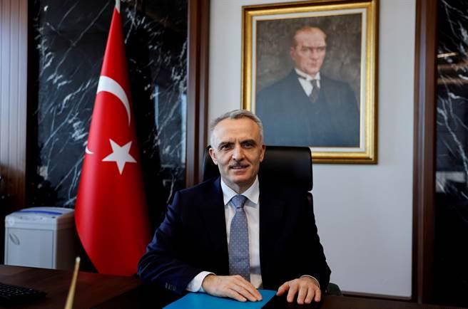 升息過猛丟官,土耳其國央行總裁被炒。(圖/路透)