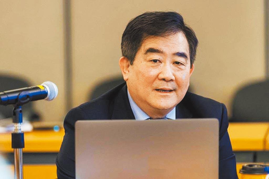 香港城市大學化學及材料科學講座教授任廣禹。(香港城市大學提供)