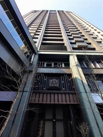 台中捷运绿线的文华高中站土地开发共构大楼 取得使用执照