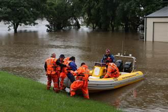 澳洲東南部「百年一遇」洪患 1.8萬人接撤離令