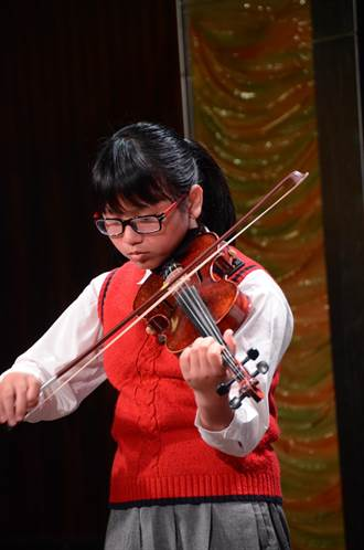 全校都是提琴手 雙溪牡丹國小特教生築音樂夢