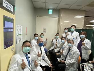 【AZ開打】台中6醫院102人完成第一劑接種 未傳不良反應