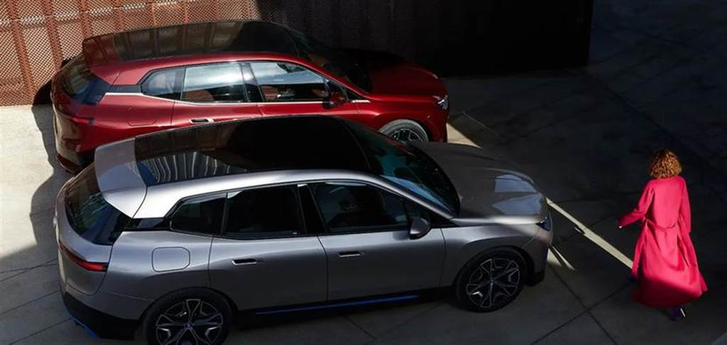 BMW iX 旗艦電動休旅台灣第二季預售,2022 年正式上市