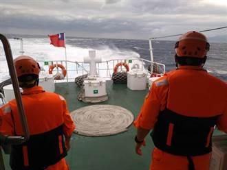 【F5E擦撞】陸海空大搜救 300人沿岸搜尋潘穎諄上尉