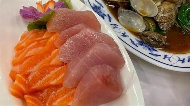 點生魚片咬一口像「鮭魚冰沙」 男氣炸 萬人戰翻:沒常識 - 生活