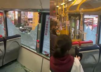 影》驚魂公車 窗戶玻璃全碎繼續開 乘客聽爆裂聲嚇壞