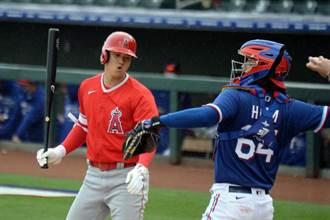 MLB》賽前與有原航平相見歡 大谷敲安打擊率6成