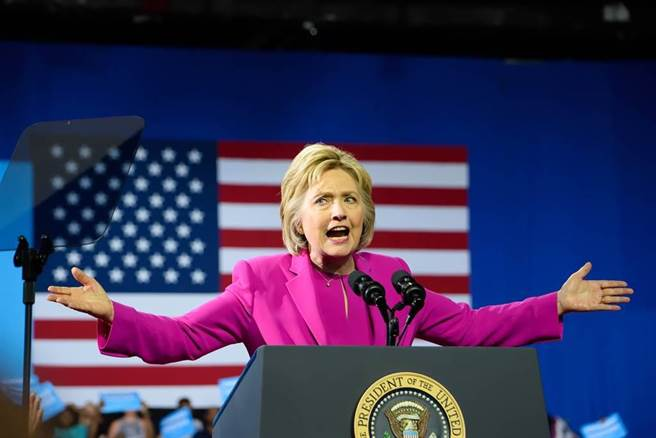 美國前國務卿希拉蕊·克林頓。(圖/shutterstock)