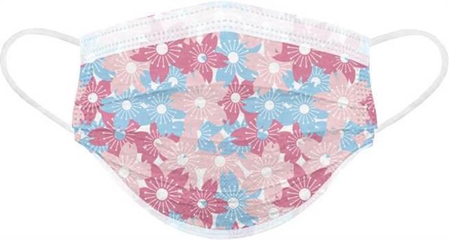 寶雅春天花會開醫用口罩,和風之櫻,一盒25入288元。(寶雅提供)