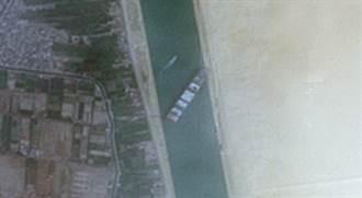 【長榮輪卡運河】影》最新衛星照曝長賜號卡不停 蘇伊士大塞船