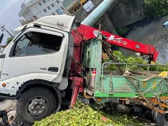 離奇!聯結車對撞大貨車竟撞破水管 屏東3萬戶停水到明早