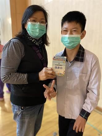 早产644公克多重障碍 模范儿童张彦伯想当广播人跟YouTuber