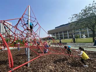 台南市圖新總館再添亮點 「閱之森公園」啟動