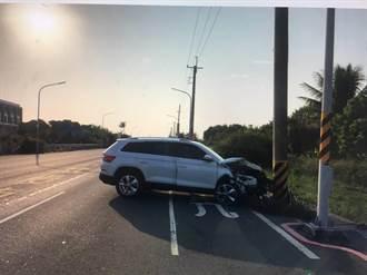 台江大道再爆自撞車禍 駕駛驚「命差點被收走」