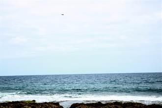 【F5E擦撞】疑收到飛行員發報器訊號 軍方出動直升機確認