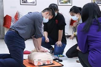 掌握黃金救援時間 中和公所辦CPR急救訓練