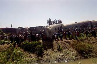 埃及2列載客火車追撞出軌 已知32死108傷
