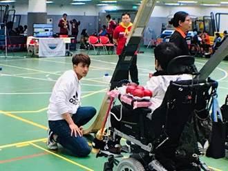 物理治療師化身地板滾球國手教練  胡家榮獲選新北社會優秀青年