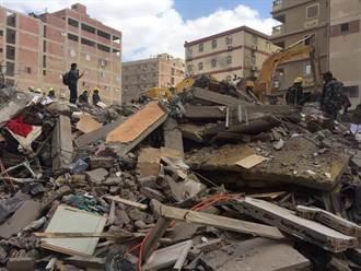 埃及10層大樓倒塌 5死24傷