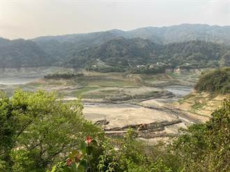 以為是砂石場!鯉魚潭水庫最新照片曝光 網友嚇壞:天佑中南部