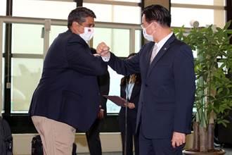 美駐帛琉大使隨惠恕仁來台 曾公開支持台北法案