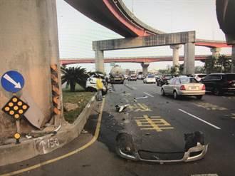 梧棲小客車與聯結車相撞 2人受傷