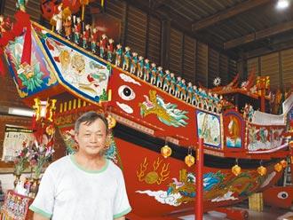 府城藝師杜柏錡 彩繪王船19年