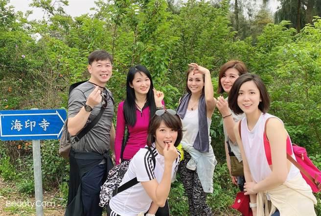 空姐登金門太武山 第一高峰增添好風光 - 寶島