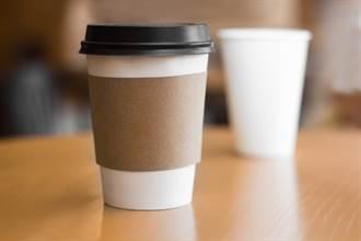 他帶杯子買超商咖啡沒折扣 網一看不挺:3元也貪