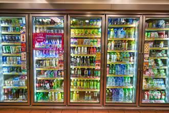 鋁箔包飲料可以微波加熱?食藥署揭正解