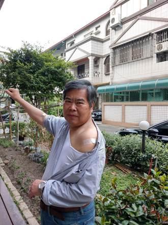 國產疫苗缺65歲測試者 市議員何敏誠參與臨床注射